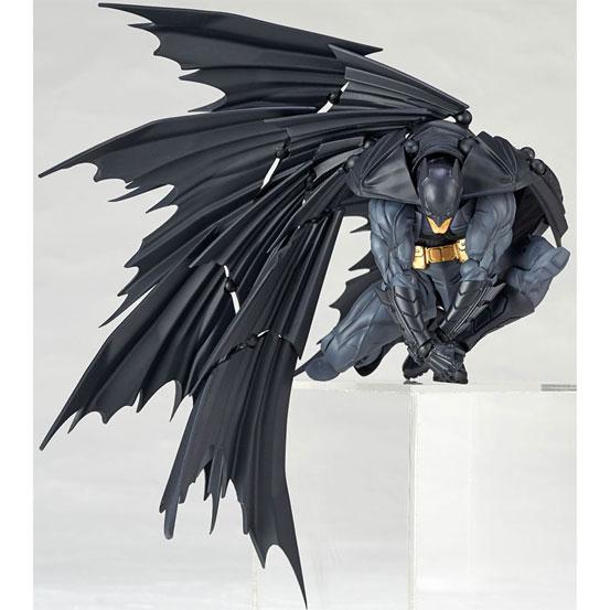 """""""蝙蝠""""形のマントを再現可能!アメイジング・ヤマグチ No.009「バットマン」 可動フィギュア が予約開始! 0511hobby-batman-IM003"""