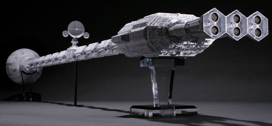 お値段140万4千円(税込)!Discovery 1/10スケール 54フィートプロップ完全再現モデル(LIMITED) プラモデルが公式限定で受注開始! 1026hobby-discab-IM003