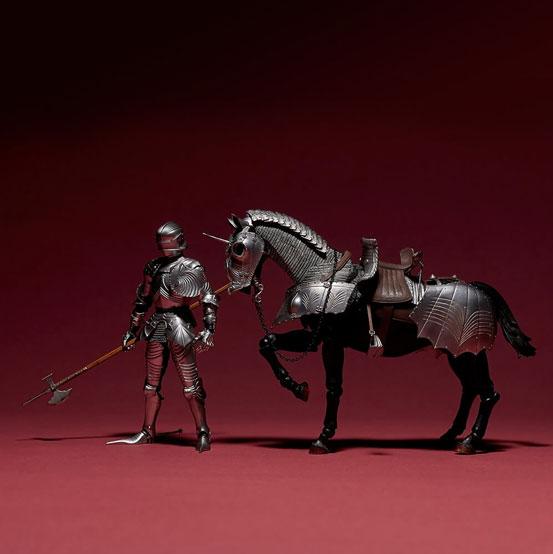 タケヤ式自在置物 15世紀ゴチック式エクエストリアンアーマー 海洋堂 可動フィギュアが登場!騎手用甲冑と軍馬のセット!馬上槍も付属! 0201hobby-armer-IM005