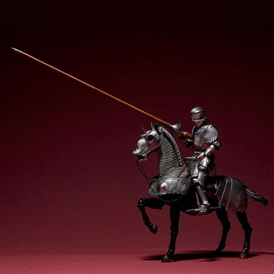 タケヤ式自在置物 15世紀ゴチック式エクエストリアンアーマー 海洋堂 可動フィギュアが登場!騎手用甲冑と軍馬のセット!馬上槍も付属! 0201hobby-armer-IM006