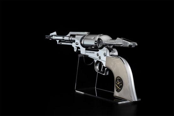 コスモ ドラグーン(戦士の銃) メーテルver. 1/1 ウォーターガン が予約開始!シルバーの銃身が美しいメーテルver.! 0515hobby-metel-IM001