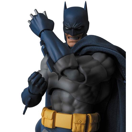"""マフェックス No.105 MAFEX BATMAN """"HUSH"""" 可動フィギュアが予約開始!マッシブなボディを完全再現! 0624hobby-batman-IM003"""