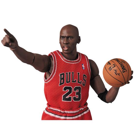 マフェックス No.100 MAFEX Michael Jordan(Chicago Bulls) 可動フィギュアが予約開始! 0624hobby-mafex-MJ-IM002