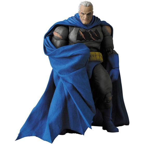 マフェックス BATMAN (The Dark Knight Triumphant) 可動フィギュアが予約開始! 1224hobby-batman-IM002