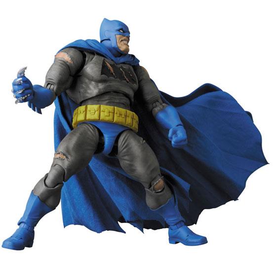 マフェックス BATMAN (The Dark Knight Triumphant) 可動フィギュアが予約開始! 1224hobby-batman-IM003