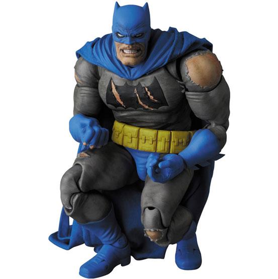 マフェックス BATMAN (The Dark Knight Triumphant) 可動フィギュアが予約開始! 1224hobby-batman-IM007