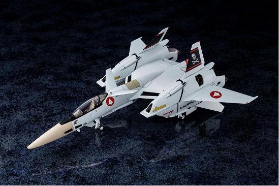 【あみあみ 11%OFF(4/29)】超時空要塞マクロス Flash Back 2012 1/60 完全変形VF-4A ライトニングIII 一条輝 搭乗機 が登場! 0803hobby-vf-4-IM001