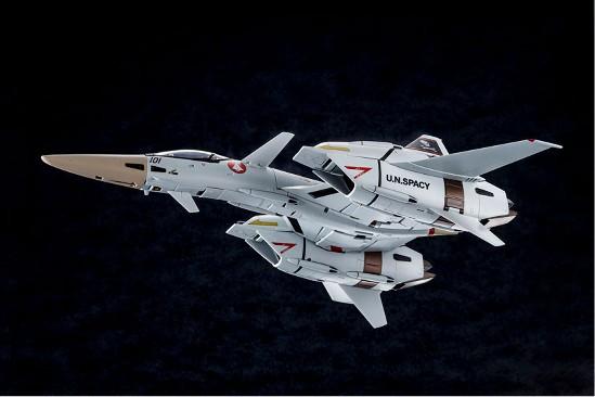 【あみあみ 11%OFF(4/29)】超時空要塞マクロス Flash Back 2012 1/60 完全変形VF-4A ライトニングIII 一条輝 搭乗機 が登場! 0803hobby-vf-4-IM002