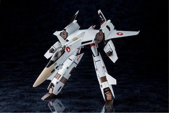 【あみあみ 11%OFF(4/29)】超時空要塞マクロス Flash Back 2012 1/60 完全変形VF-4A ライトニングIII 一条輝 搭乗機 が登場! 0803hobby-vf-4-IM003