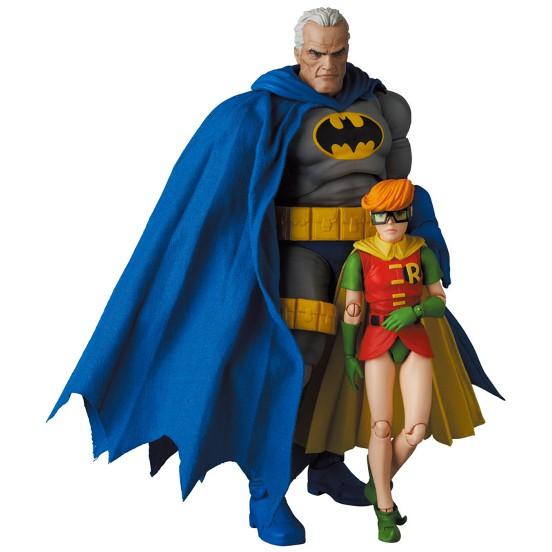 マフェックス No.139 BATMAN BLUE Ver. & ROBIN(The Dark Knight Returns) 可動フィギュアが予約開始! 0824hobby-batman-IM001