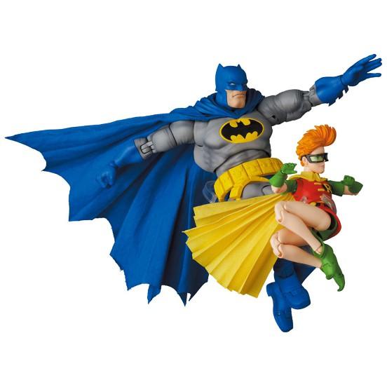 マフェックス No.139 BATMAN BLUE Ver. & ROBIN(The Dark Knight Returns) 可動フィギュアが予約開始! 0824hobby-batman-IM004
